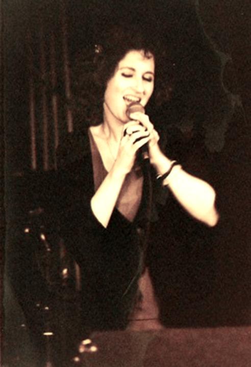 Repertoire - Naama Isabelle Fassbinder als Sängerin